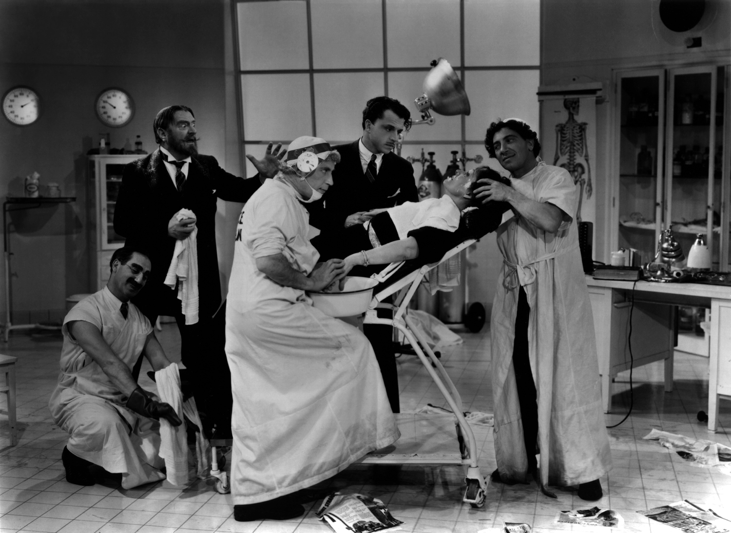 Marx Brothers (A Day at the Races)_04_scrubbed_in