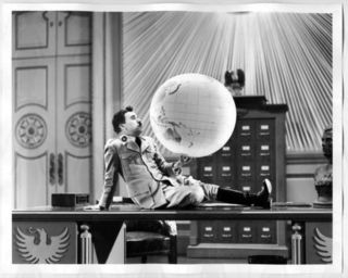 Great_Dictator_globe_scene_academy_print_big